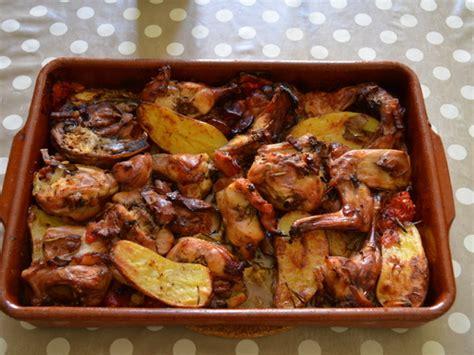 lapin rôti au four qui cuit tout seul recette de lapin