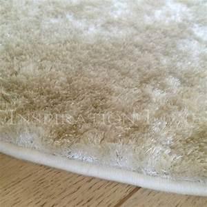 Tapis sur mesure beige shaggy fin et doux for Tapis shaggy sur mesure