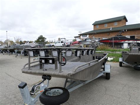 Gator Tail Boat Lights by 2016 New Gator Tail Gtb1754 Jon Boat For Sale 23 995