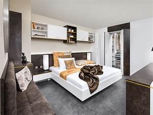 Senioren Schlafzimmer Mit Einzelbett Sale Bettwsche Im