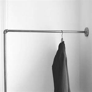 Kleiderstange An Wand : 17 best images about various steel pipe design on pinterest wall racks shoe shelves and coat ~ Markanthonyermac.com Haus und Dekorationen