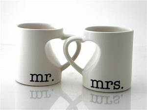 mr mrs mug set for couples bride and groom wedding With gift for wedding anniversary for couple