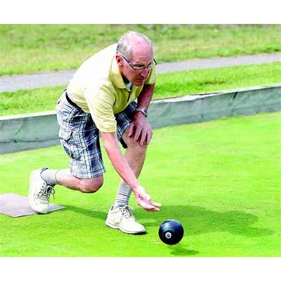 Lawn bowling club welcoming new players