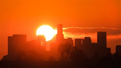 stock video  sunrise  los angeles skyline zoom
