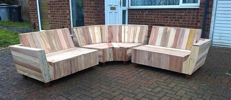 outdoor couch set   pallets wood pallet furniture