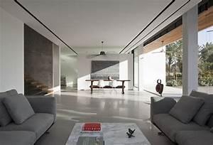 Family Residence in an Urban Environment - InteriorZine