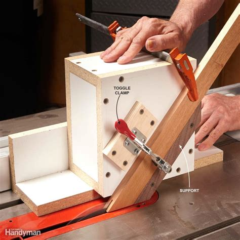 dirt simple woodworking jigs    family handyman