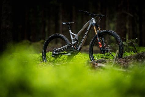 mtb beleuchtung test 2018 propain hugene im test erstes 29 quot trailbike des versenders