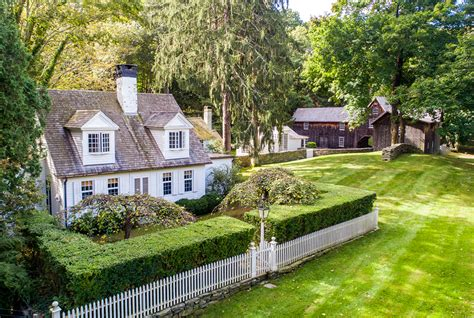 A Historic Connecticut Cottage With An Artful Past Wants .1m