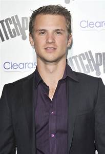 Freddie Stroma Picture 7 - Los Angeles Premiere of Pitch ...