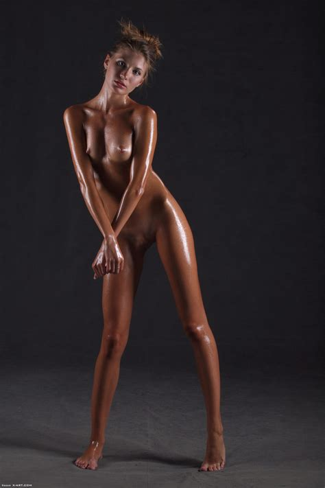 Sofia Dripping Wet By Xart Photos Erotic Beauties