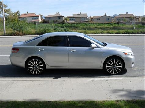 Toyota Camry Rims by 2011 Toyota Camry Se With Rims