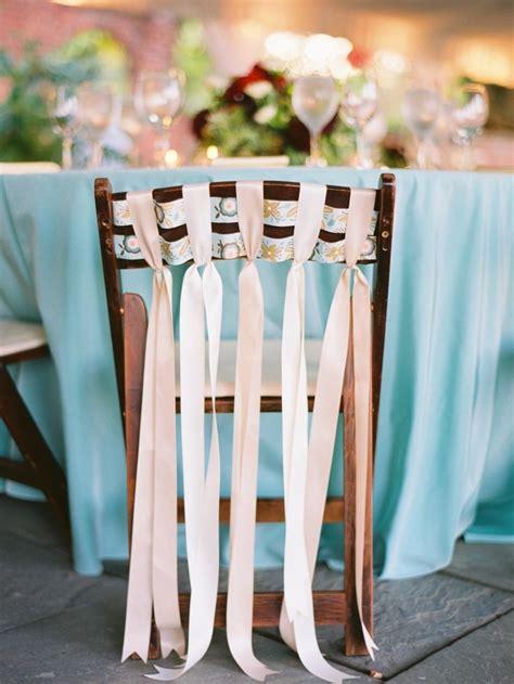 deco chaise mariage réaliser une décoration de table mariage bricobistro