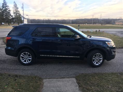 ford explorer xlt clean title buds auto  cars