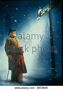 FILM POSTER MIRACLE ON 34TH STREET (1994 Stock Photo ...