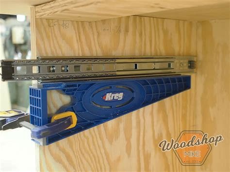 install drawer  diy outfeed workbench woodshop mike