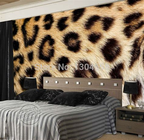 Fur Wallpaper For Bedrooms by Leopard Wallpaper For Walls Gallery