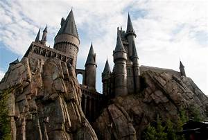 2 Hogwarts Castle HD Wallpapers | Backgrounds - Wallpaper ...