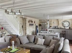 Relooking salon salle a manger changer le style d39un for Tapis jonc de mer avec canape convertible petit espace