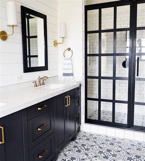 Tile Bench by 17 Best Ideas About Modern Farmhouse Bathroom On Pinterest
