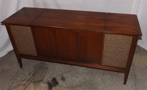 Magnavox Record Player Cabinet Value by Help Identifying This Zenith Console Audiokarma Home