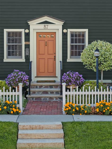 Ideas For Using Landscaping To Create Curb Appeal Hgtv