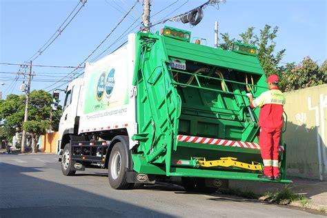Primeiro Caminhão De Lixo 100% Elétrico Circula No