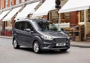 Ford Tourneo Courier Avis : ford tourneo courier im test 2018 kompakten hochdachkombi wird modellgepflegt ~ Melissatoandfro.com Idées de Décoration