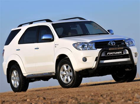 Toyota Fortuner 4k Wallpapers by Toyota Fortuner Epic 2009 Wallpapers 2048x1536