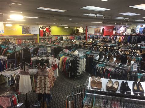 shop green 9 fab thrift and consignment stores on the