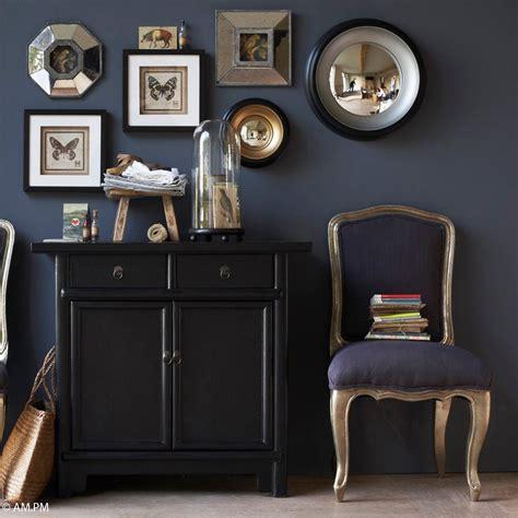 chaise de bureau anglais 10 idées pour organiser ses cadres au mur décoration