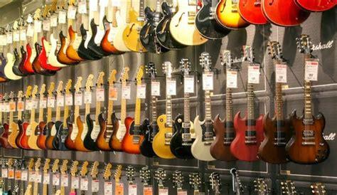 Our big selection makes finding the perfect instrument rental easy. Guitar Center, Kansas City Missouri () - LocalDatabase.com