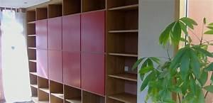 Regalwand Mit Türen : regalwand mit roten t ren h fele functionality world ~ Michelbontemps.com Haus und Dekorationen
