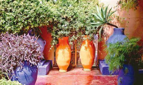 alan titchmarsh  growing mediterranean plants