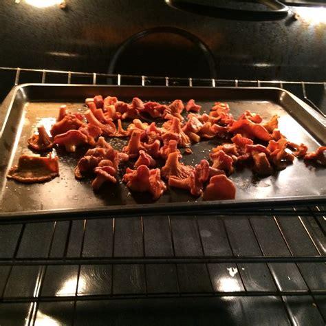 cuisiner chanterelles chanterelles en persillade y croutons un valdôtain à