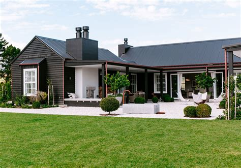 couple designed  ideal  zealand country home