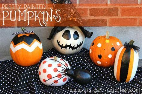 spook tacular ways  decorate  pumpkins tip junkie