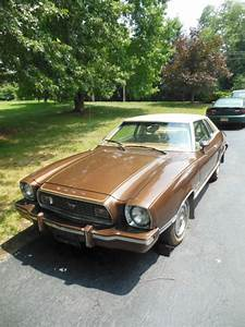 1974 Ford Mustang II Ghia V6 4 Speed Manual for sale: photos, technical specifications, description