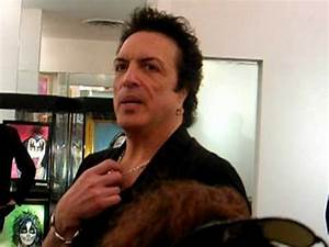 Paul Stanley at Wentworth Gallery 3/19/10 - YouTube