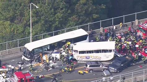Duck Boat Tours Death by 2 Dead After Crash Involving Ride The Ducks Vehicle In