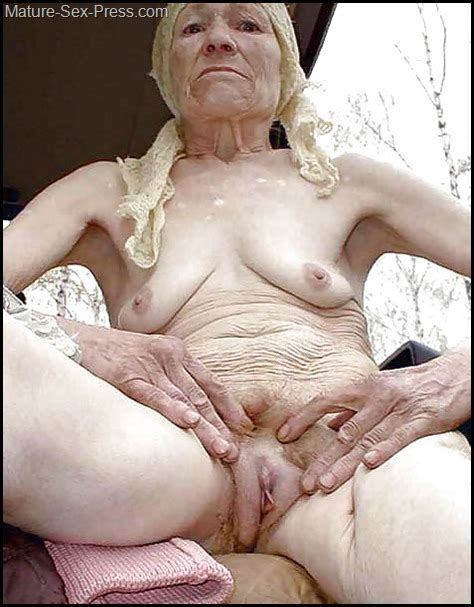 Very Old Skinny Gipsy Prostitute Showing Her Cunt Outdoor