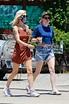 Kristen Stewart and girlfriend Dylan Meyer hold hands ...