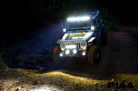 jeep light bar at night 2015 jeep rubicon piaa build