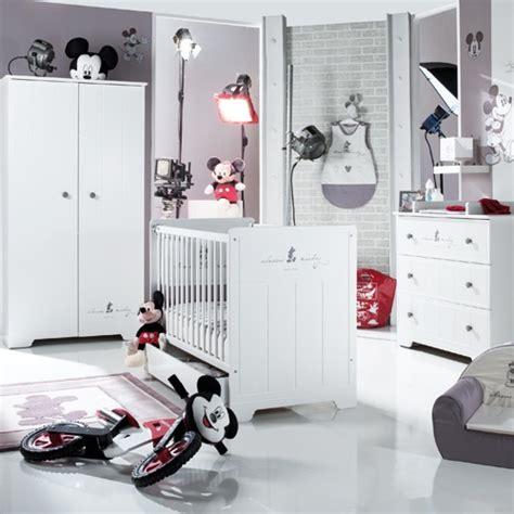 chambre enfant mickey chambre mickey de la s 233 lection sauthon chambre