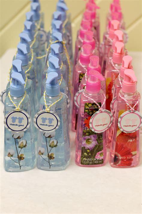 gender neutral baby shower decorations gender neutral baby shower