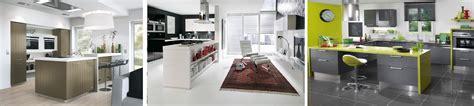 installer une hotte de cuisine cuisine ouverte un espace de vie convivial
