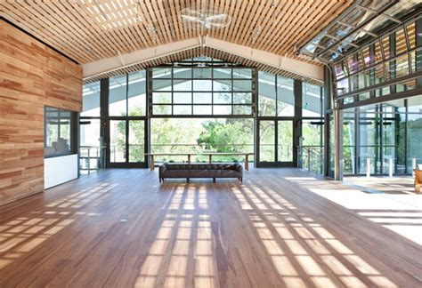 The Shed Healdsburg Ca by Architects Green Shed Takes Modern Grange Ideals