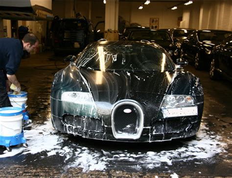 Wtf $2 Million Dollar Bugatti Gets $2 Car Wash! Imagine