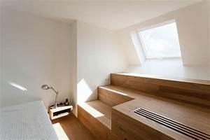 Dachausbau Mit Fenster : moderner dachausbau mit wohlf hlgarantie ~ Lizthompson.info Haus und Dekorationen