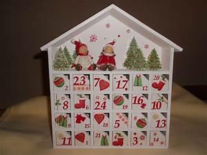 Calendrier De L Avent Maison En Bois : calendrier de l 39 avent perp tuel en bois la maisonnette christmas pinterest merry and xmas ~ Melissatoandfro.com Idées de Décoration